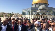 بالصور.. وفد من الاتحاد السعودي يصلي في المسجد الأقصى
