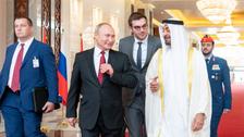 روسی صدر ولادی میر پوتین سعودی عرب کے دورے کے بعد ابو ظبی پہنچ گئے