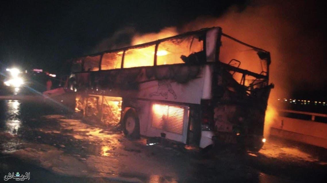 Local newspaper al-Riyadh reported that the bus was carrying pilgrims. (Photo courtesy: al-Riyadh)