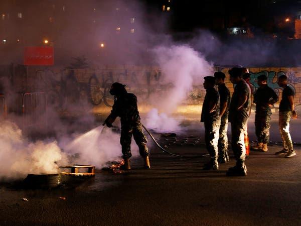 احتجاجات بيروت.. مقتل عاملين اختناقاً إثر احتراق مبنى