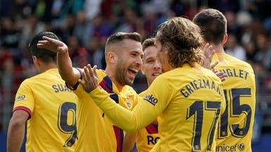 ثلاثية في شباك إيبار.. تقود برشلونة لصدارة الدوري الإسباني