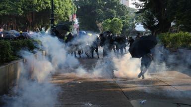 هونغ كونغ.. الشرطة تطلق قنابل الغاز على آلاف المحتجين