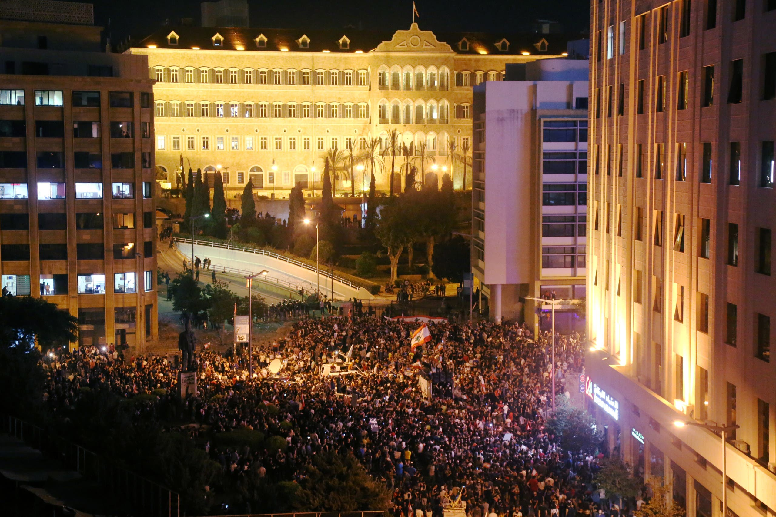 من احتجاجات وسط بيروت