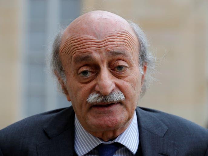 لبنانيون يتهافتون على الخبز.. وجنبلاط: سنعود لزمن البرغل