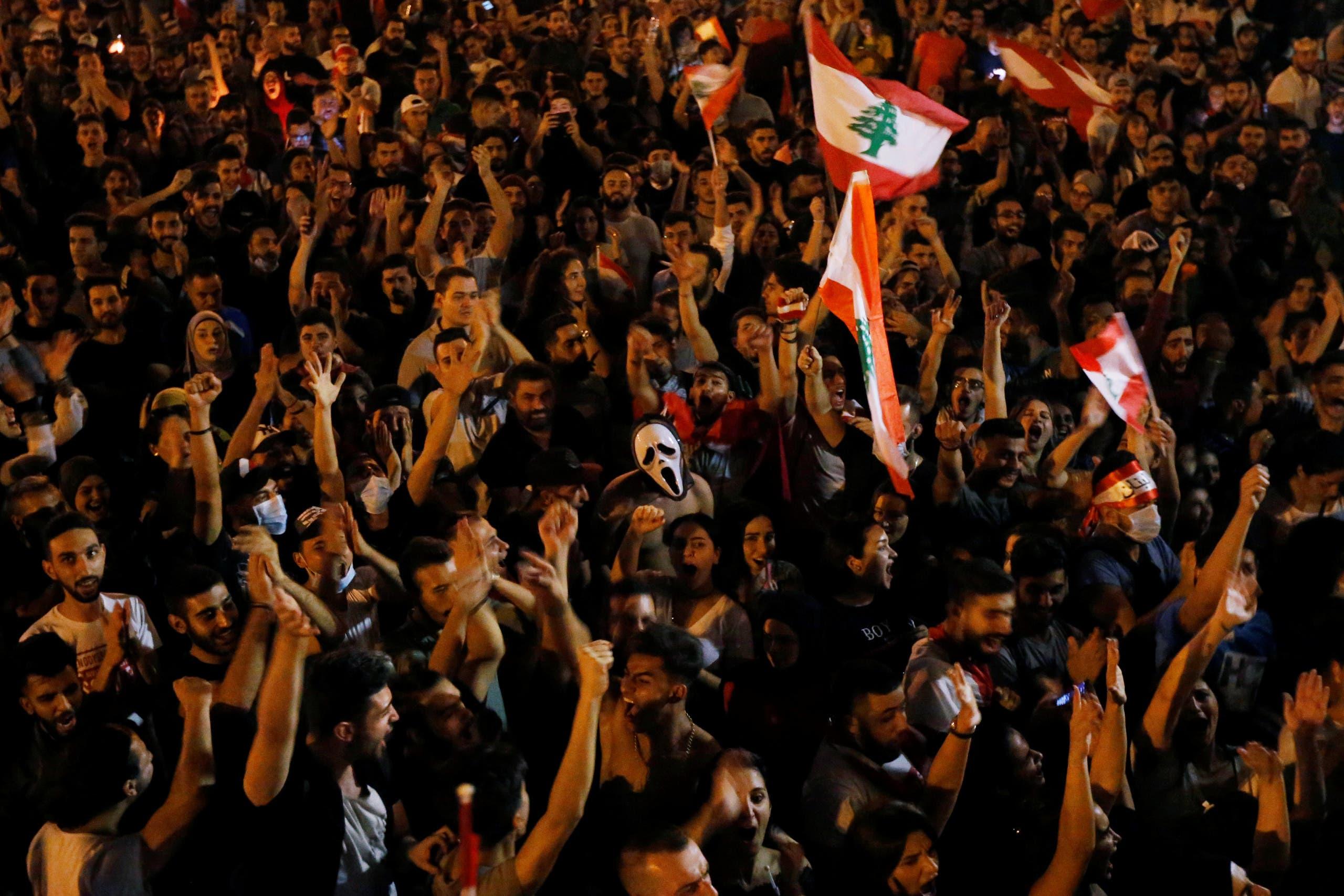 من الاحتجاجات وسط بيروت
