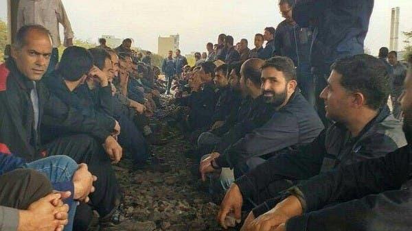 إيران.. ضرب واعتقال عمال محتجين قرب طهران