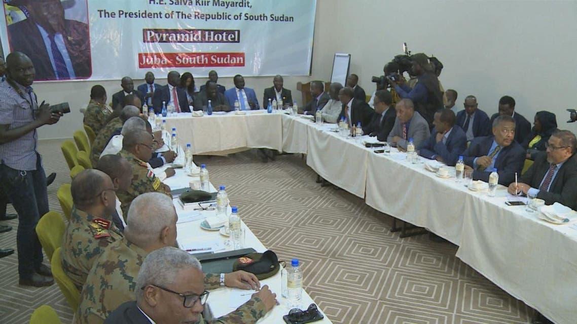 الحكومة السودانية والجبهة الثورية يوقعان على وثيقتين لاتفاق السلام