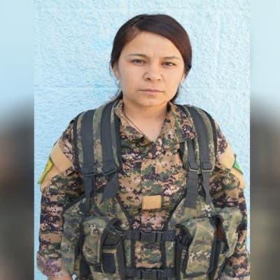 جديد الفتاة التي سيقت للذبح من قبل فصائل تركيا.. صورة وهوية