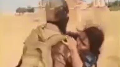 موالون لأنقرة يقودون مصابة للذبح.. والأخيرة: أنا عربية