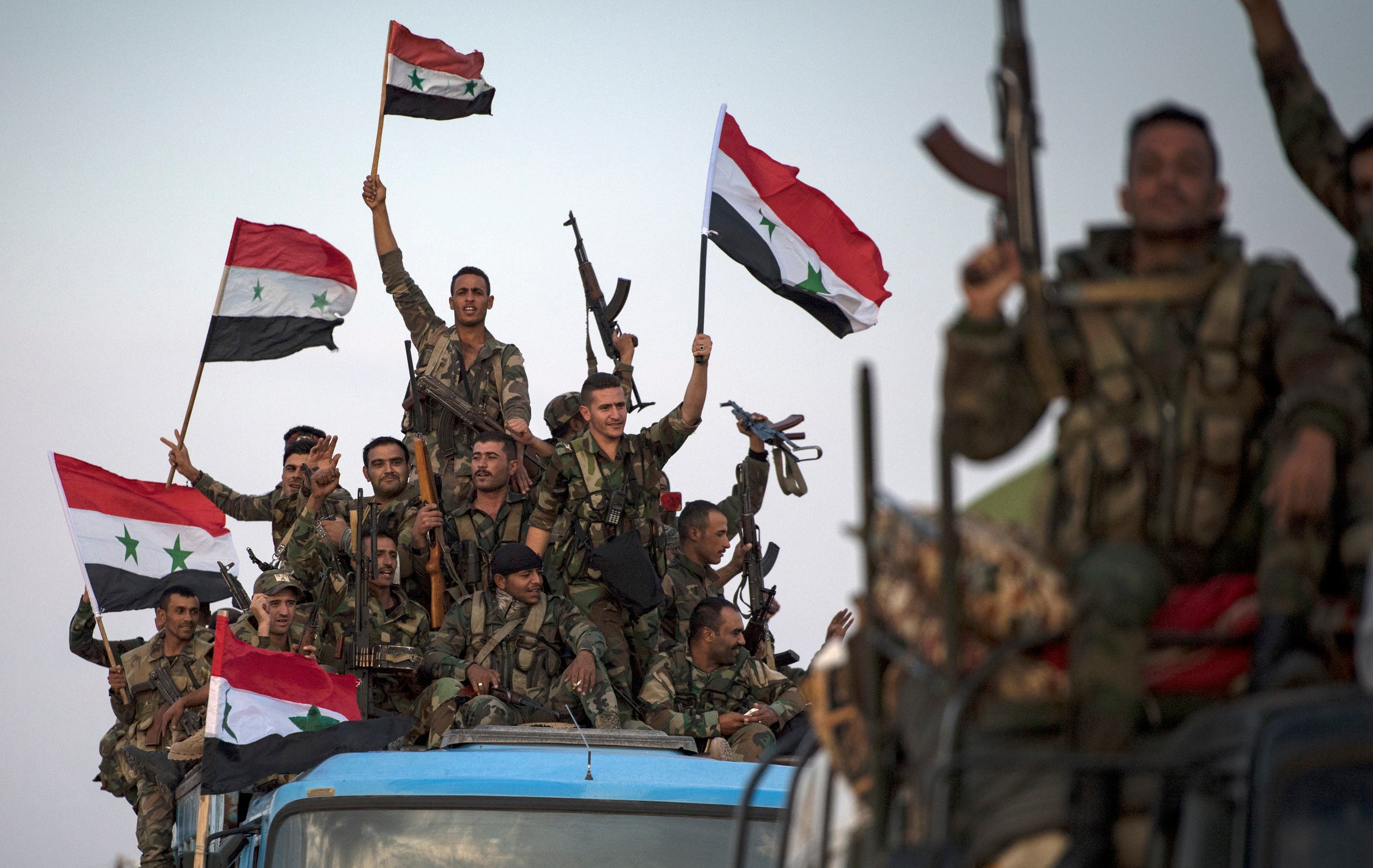 قوات من جيش النظام السوري