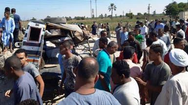 اصطدام قطار بسيارة.. مقتل 4 وجرح آخرين بالأقصر