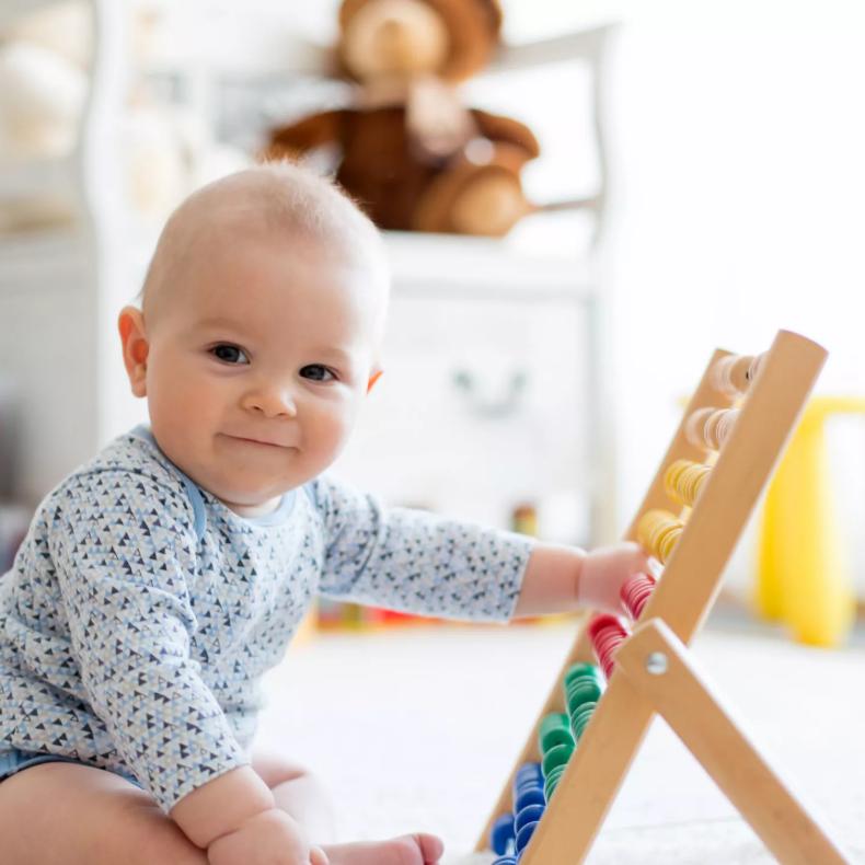 """دراسة مثيرة تكشف إدراك الرضع بـ"""" العدد"""" قبل تعلم الأرقام"""