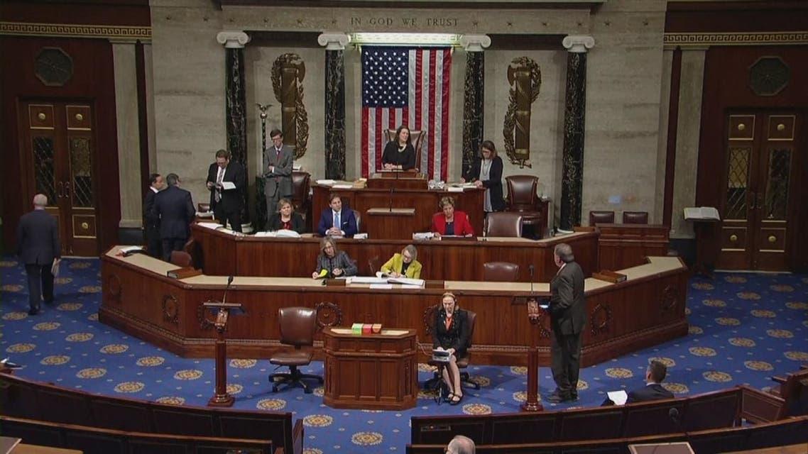 مجلس النواب الأميركي يقر إجراءات التحقيق وعزل ترمب