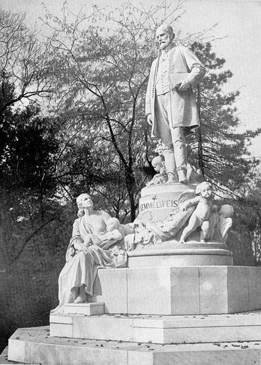 نصب تذكاري لأغناس سيميلويس ببودابست