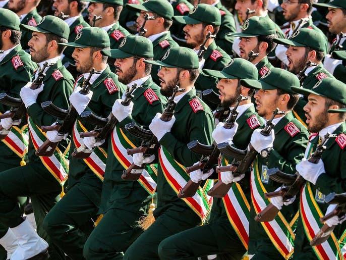 """""""بلومبيرغ"""" تتوقع انتخاب رئيس عسكري لإيران العام القادم"""
