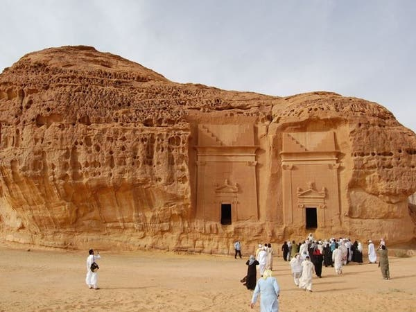 ما سر تصدر جنسيات محددة قائمة السياح في السعودية؟