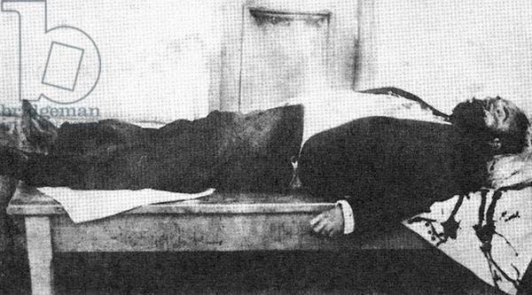 صورة لجثة جمال باشا عقب مقتله