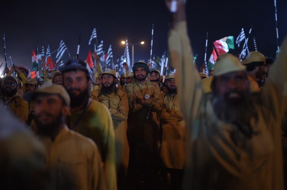"Activists of Islamic political party Jamiat Ulema-e-Islam (JUI) gather during an anti-government ""Azadi (Freedom) March"" in Islamabad on November 3, 2019. (AFP)"