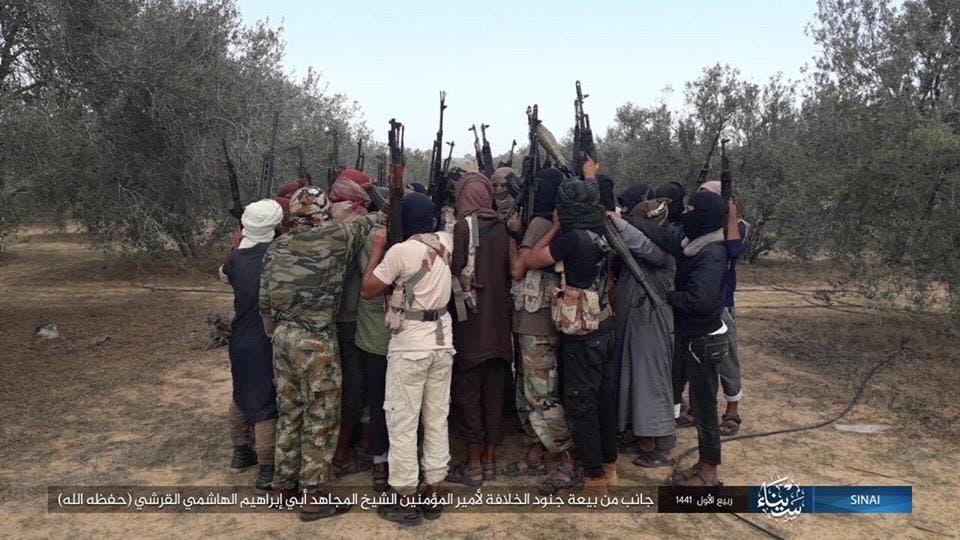 مسلحون من داعش في مصر