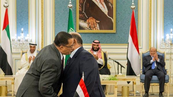 الرئيس اليمني: متمسكون بتنفيذ كافة بنود اتفاق الرياض