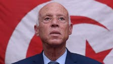 """قيس سعيّد يغضب تونسيين.. """"مقر إقامته يخنق المرور"""""""