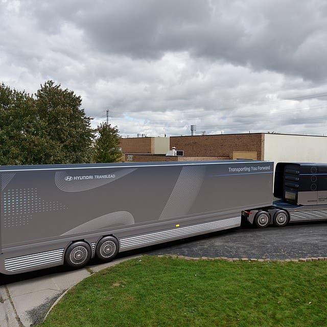 جديد العلم.. شاحنة عملاقة تعمل بوقود الهيدروجين