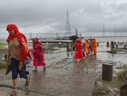 """إجلاء مئات الآلاف في بنغلادش والهند قبيل الإعصار """"بلبل"""""""