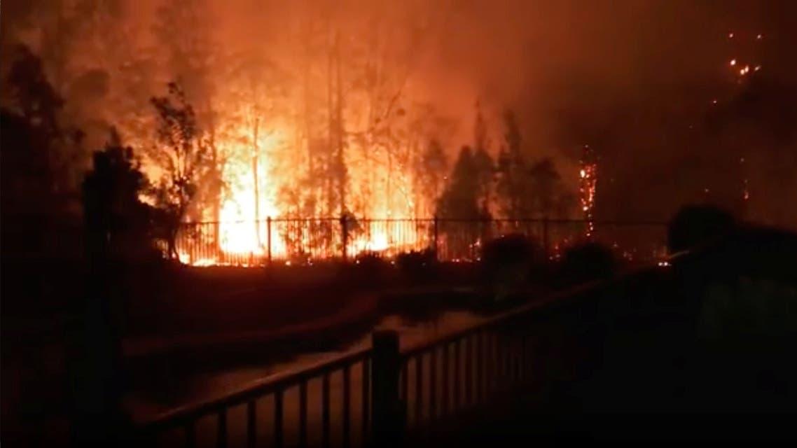 حريق يشتعل في نيو ساوث ويلز يوم 8 نوفمبر