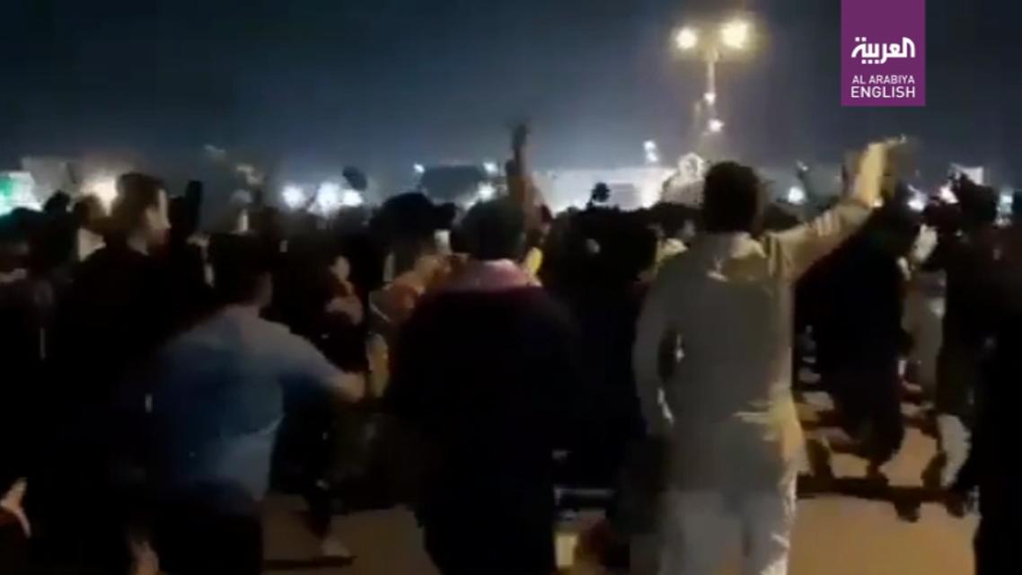 Protests erupt in Ahwaz after popular dissident poet dies in Iranian hospital