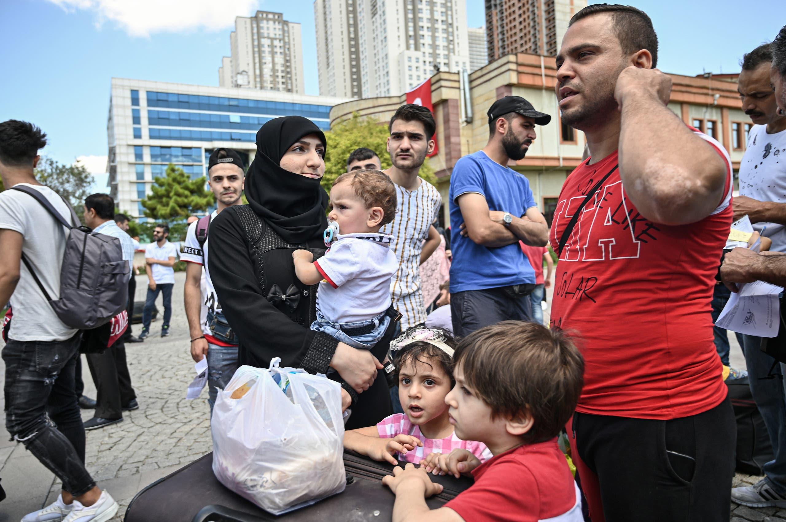 لاجئون سوريون في إسطنبول (أرشيفية)