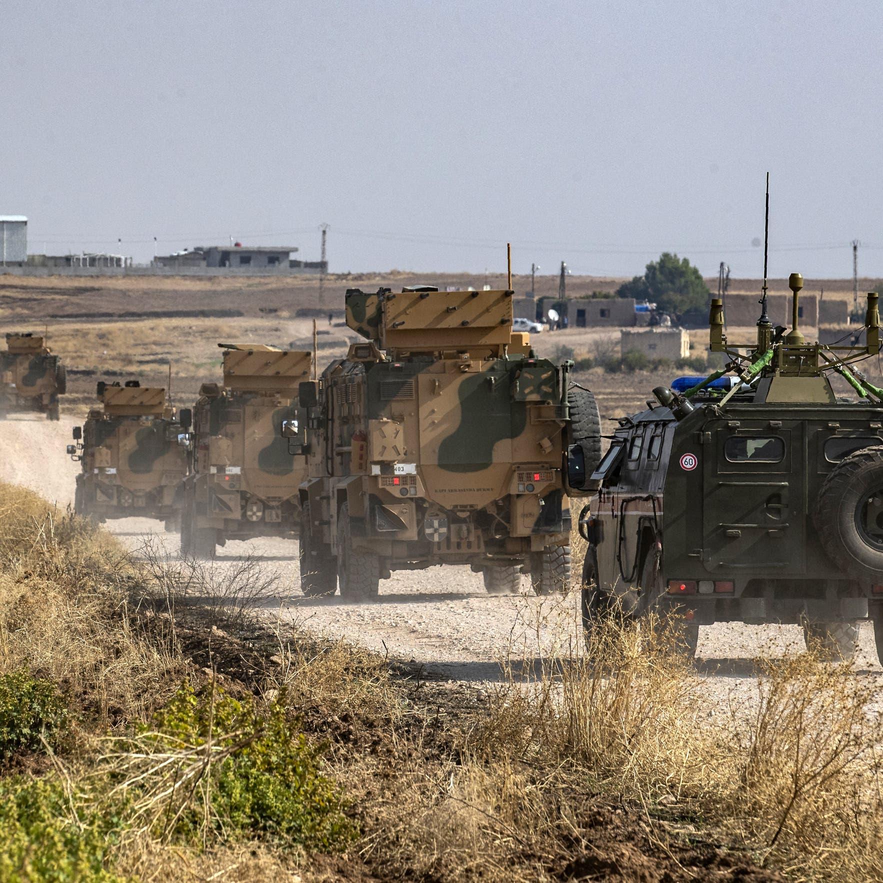 """تعزيزات روسية تدخل مطار """"الطبقة العسكري"""" في الرقة"""