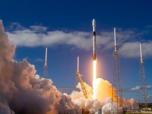 """""""سبايس إكس"""" تطلق 60 قمراً جديداً لتوفير الإنترنت من الفضاء"""