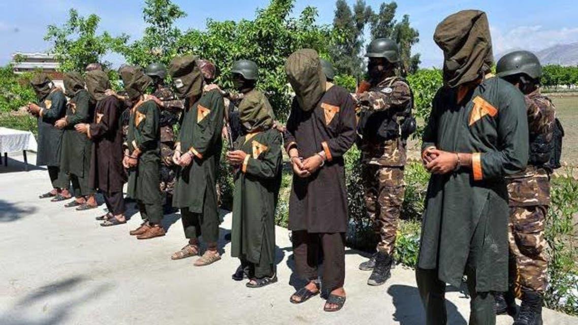 93 عضو گروه داعش به نیروهای امنیتی افغان تسلیم شدند