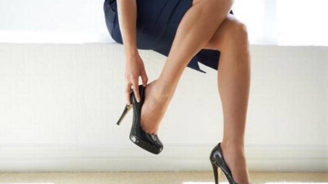 آیا از عوارض کفش پاشنه بلند برای سلامتیتان آگاه هستید؟