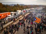 بالصور.. تكدس مروري ضخم في إسبانيا.. والسبب كتالونيا