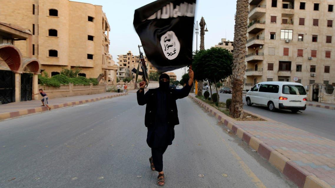أحد داعش بالرقة في سوريا عام 2014