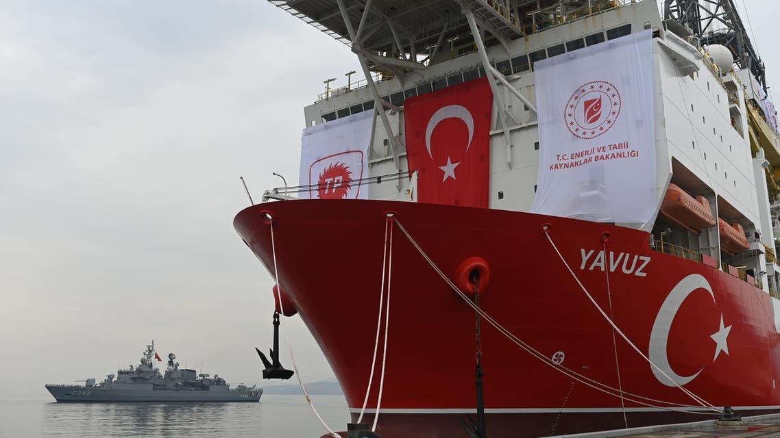 سفينة تركية في اسطنبول استعداداً للانطلاق للتنقبي غت الغاز