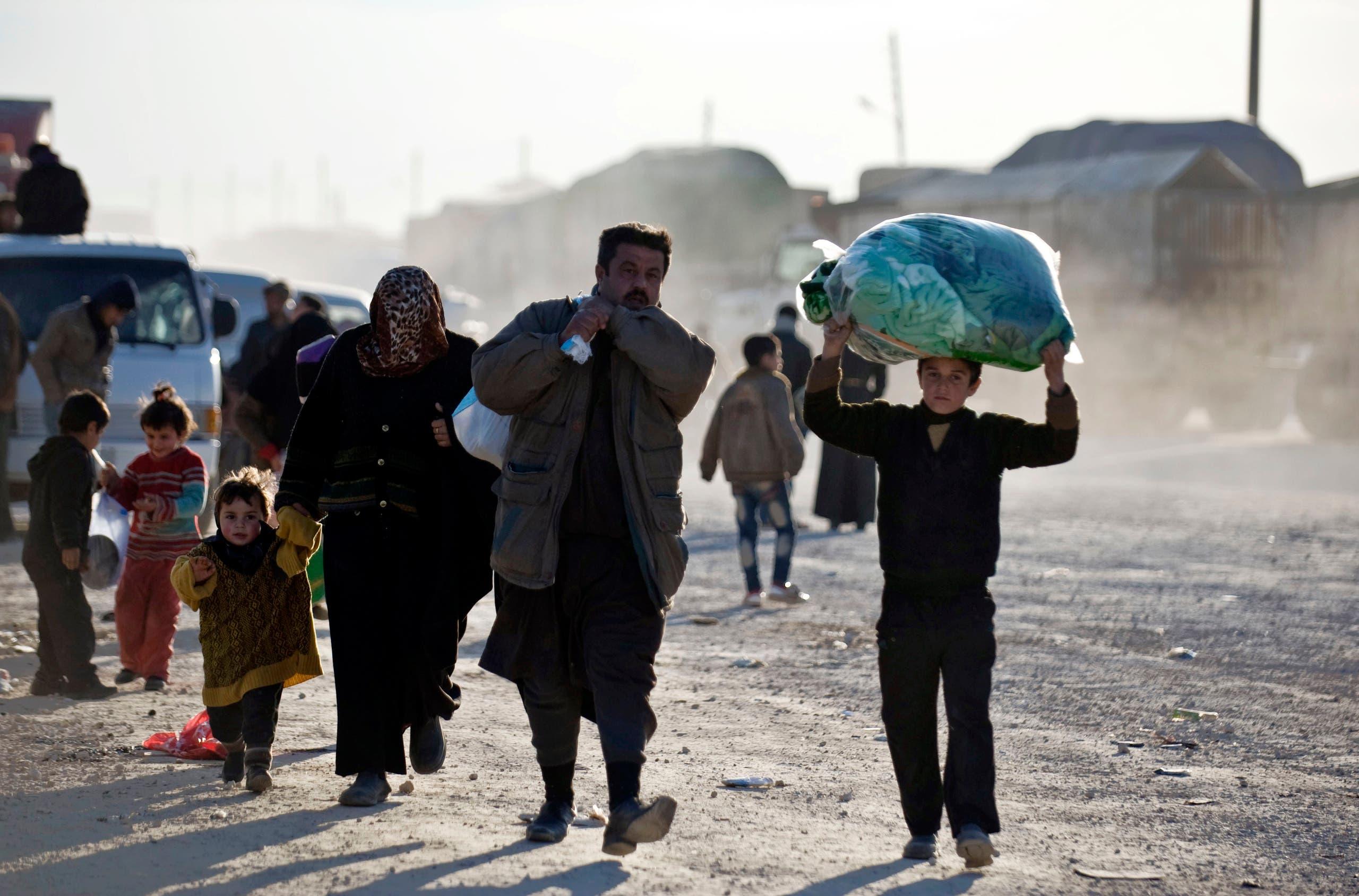 لاجئون سوريون على حدود تركيا (أرشيفية)