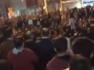 """بالفيديو.. هتاف """"الموت للدكتاتور"""" يعلو في طهران"""