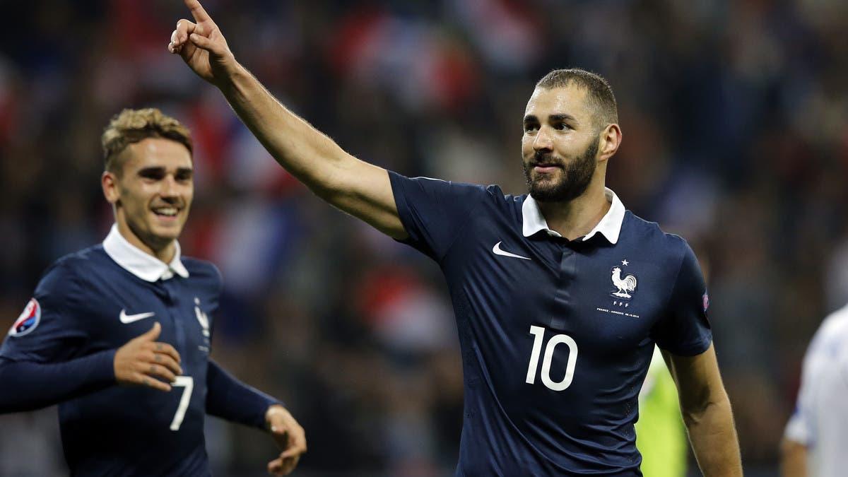بعد 5 سنوات من الغياب.. بنزيمة يعود إلى منتخب فرنسا رسمياً
