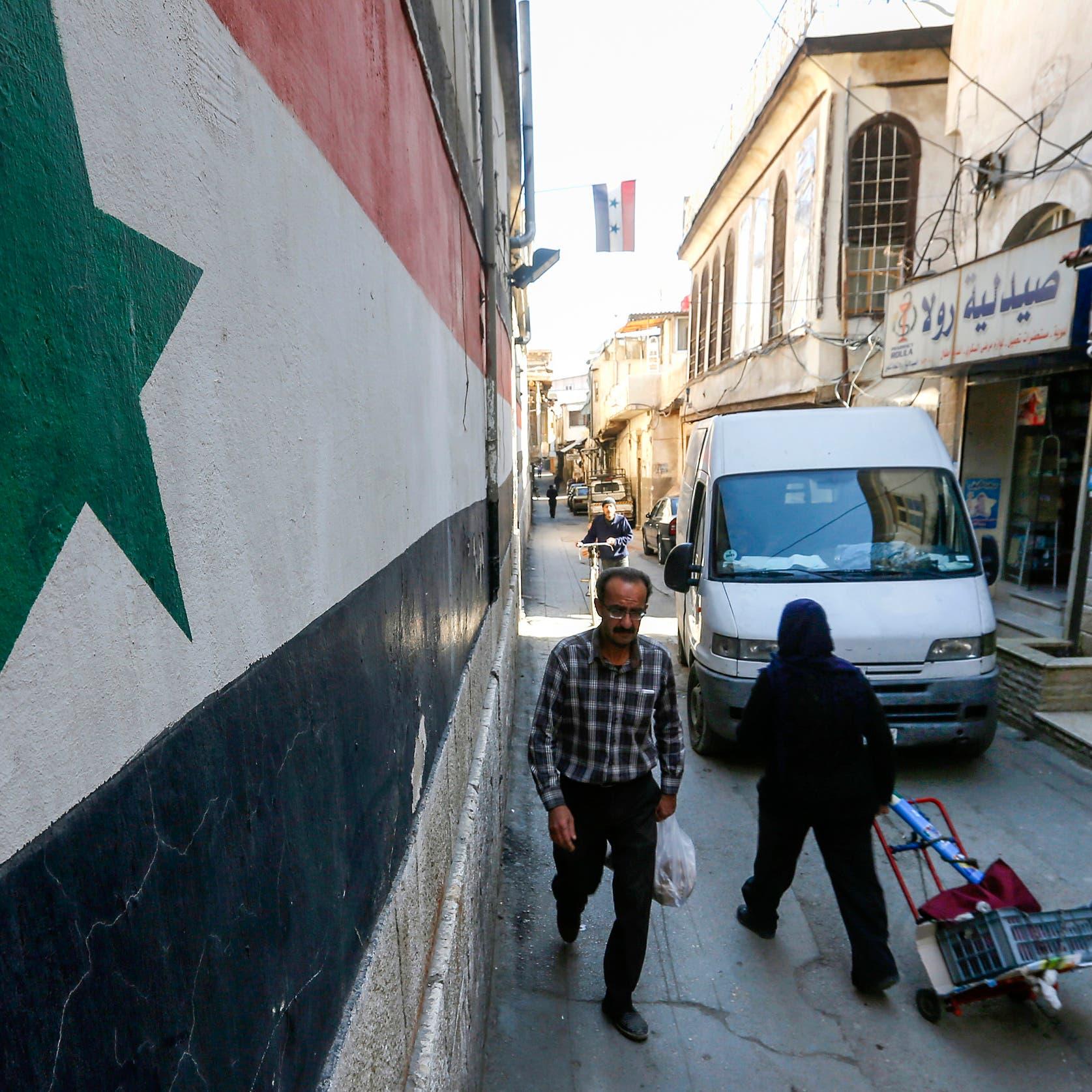خاضع للعقوبات وممنوع من السفر.. رئيس جديد لحكومة الأسد