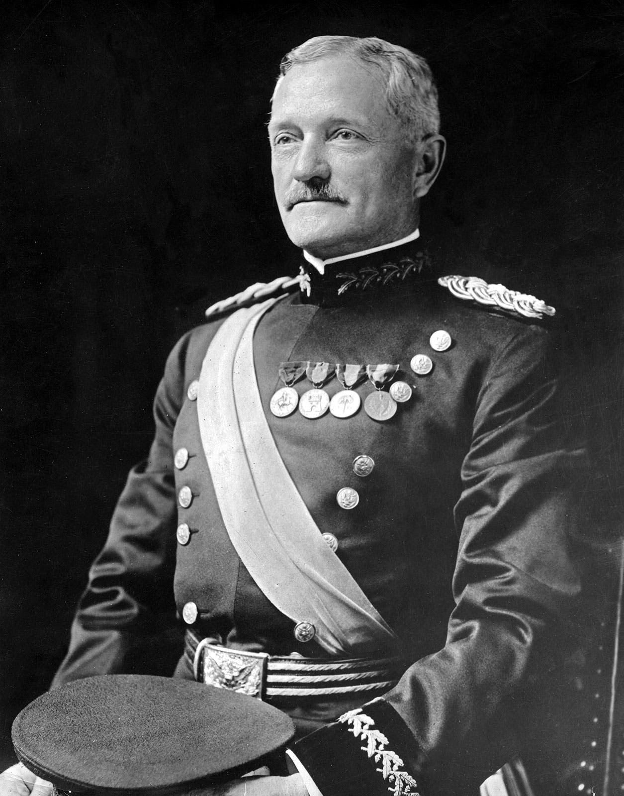 صورة للجنرال الأميركي بيرشنغ
