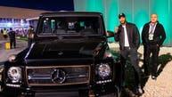 محمد رمضان ثاني مشترٍ بعد رونالدينيو بمعرض الرياض للسيارات
