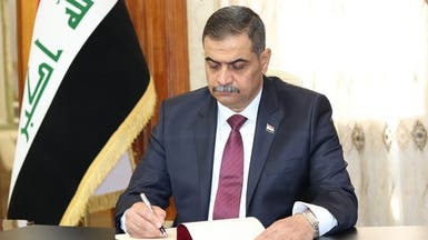 هل يتعرض وزير دفاع العراق لحملة تشويه لوقوفه مع الحراك؟