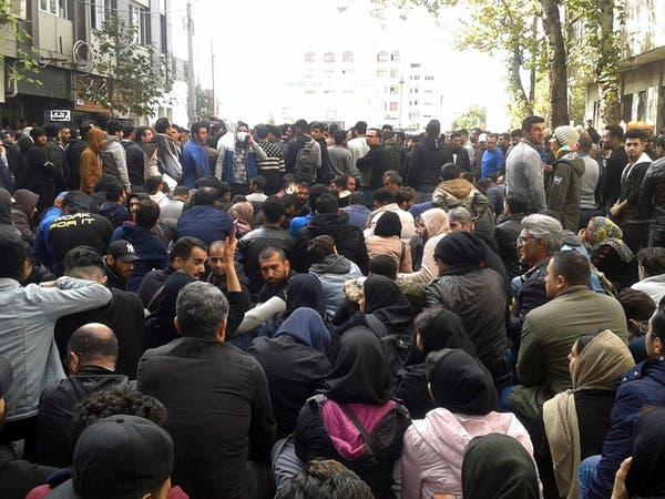 معتقلات إيران تكتظ بالمتظاهرين.. وقتلى تحت التعذيب