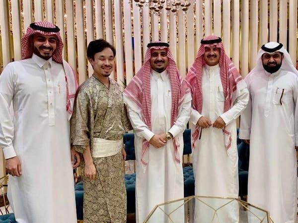 ياباني يتحدث اللهجة الخليجية.. وهذا ما قاله عن السعودية