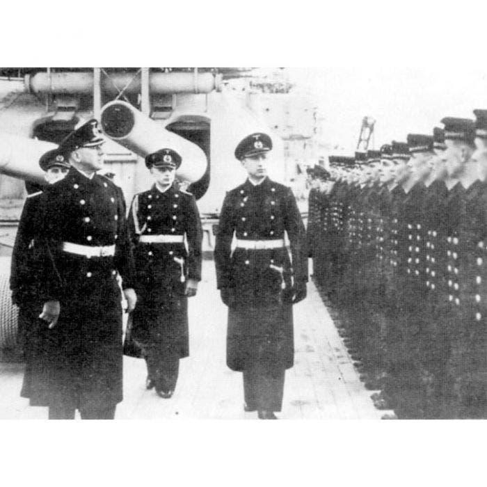 صورة لعدد من أفراد البحرية الألمانية بالحرب العالمية الثانية