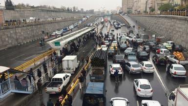 إيكونوميست: مظاهرات إيران كشفت عداء الشعب لنظام خامنئي