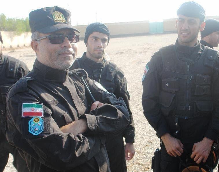 النقيب بالقوات الخاصة رضا صيادي في اشتباكات مع المتظاهرين في معشور