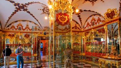 عملية سرقة تحبس الأنفاس.. مجوهرات وتحف بمليار يورو